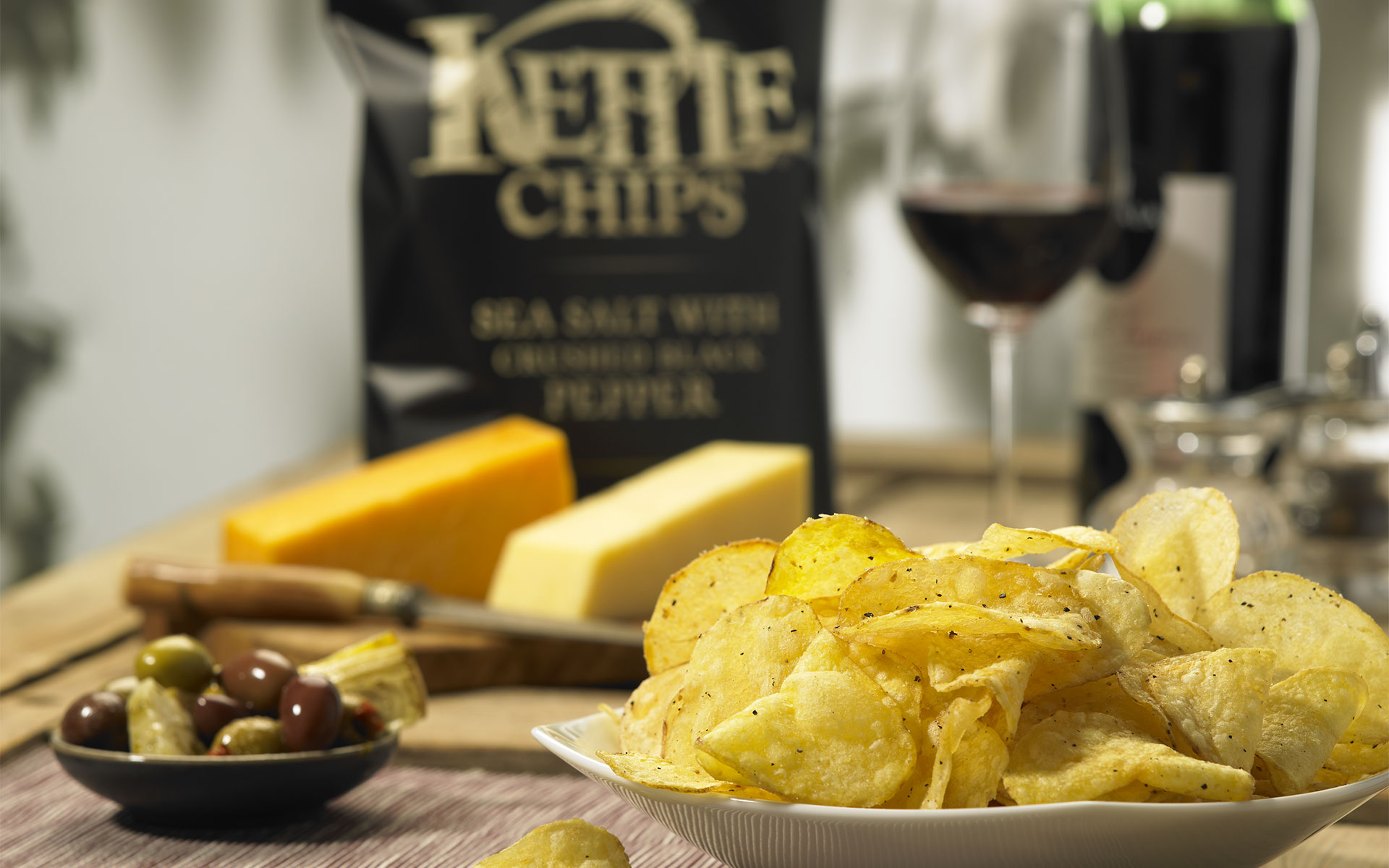 Entdecken Sie KETTLE Chips